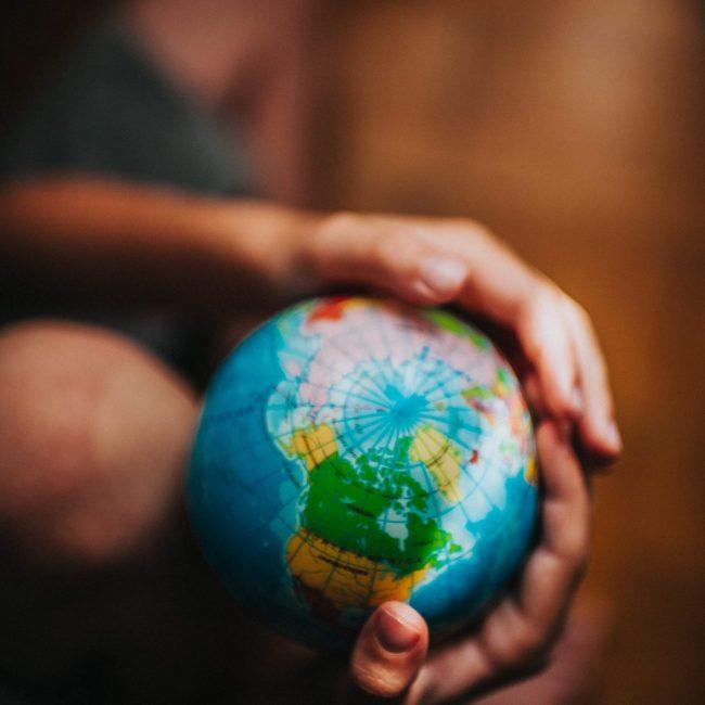 giving_globe